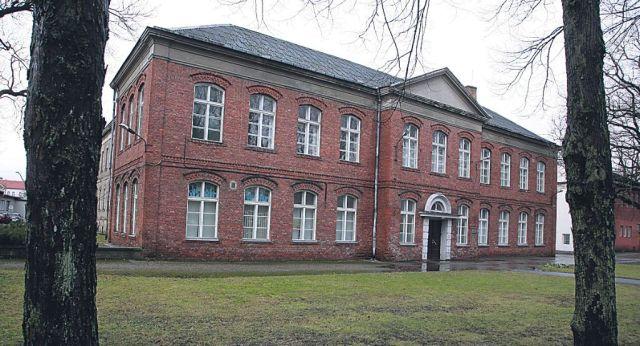 Pärnu, Pargi 1